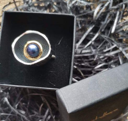 Srebrny pierścionek pierścień gniazdo z perłą  rozmiar 15 próba 0,925