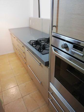 Cozinha completa com eletrodomesticos