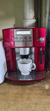Ekspres ciśnieniowy DeLonghi Magnifica RAPID Cappuccino