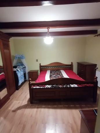 Stylowe Meble do sypialni z drewna łóżko 180/200