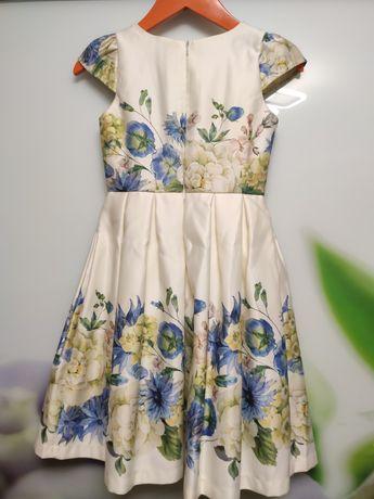 Платье для девочки на торжество