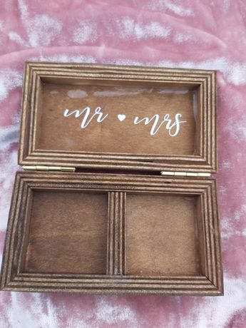 Drewniany futerał,  pudełeczko na obrączki