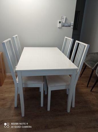 Używany stół drewniany z 4 krzesłami Legnica