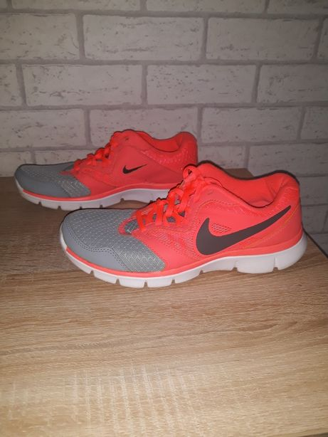 Buty Adidasy Nike Flex Experience 36.5