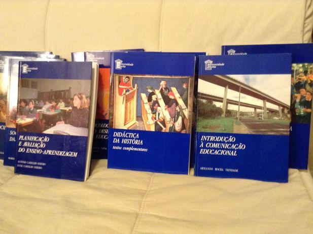 Livros/Manuais + Cassetes da Universidade Aberta
