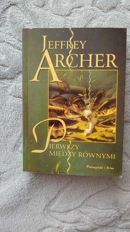 """""""Pierwszy między równymi"""" J. Archer"""