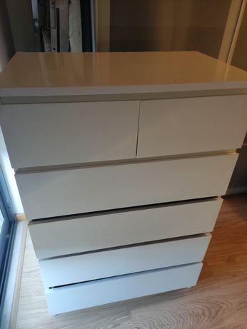 Cómoda de 5 gavetas, em branco