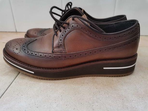 Sapatos suits Inc em pele