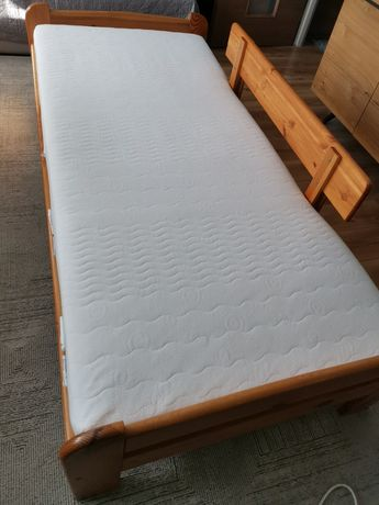 Łóżko drewniane sosnowe z materacem 90x200