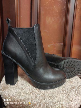 ALDO новые ботинки натуральная кожа
