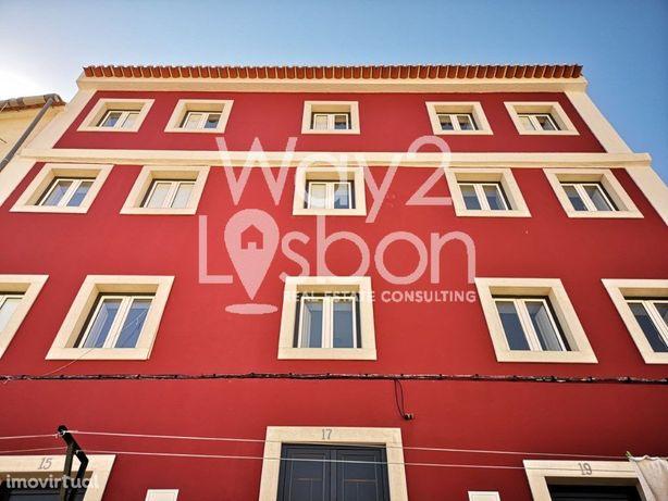 SÃO VICENTE   Prédio Recuperado com 8 Apartamentos