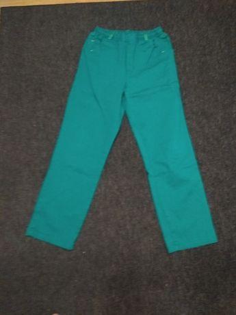 Chłopięce spodnie 164