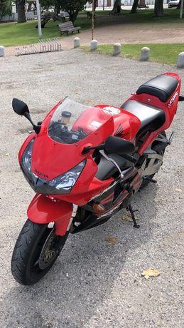 Honda cbr 956rr