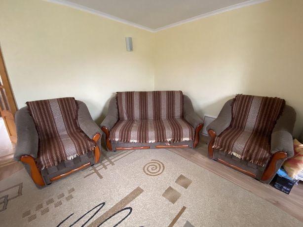 Комплект м'яких меблів: диван, два крісла