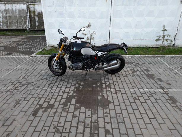 BMW R nineT 1200
