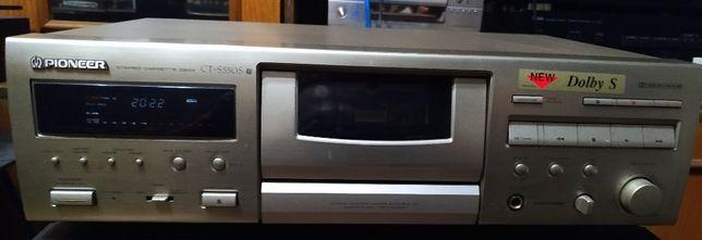 Продам кассетную деку Pioneer CT-S550