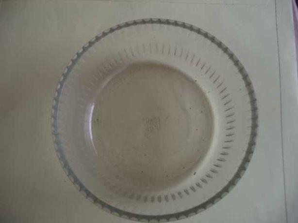 Taça Trabalhada em Vidro Inglesa ( Antiga )