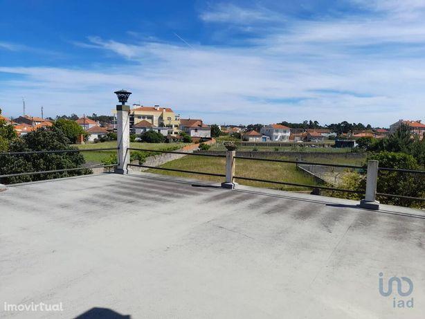 Moradia - 402 m² - T7