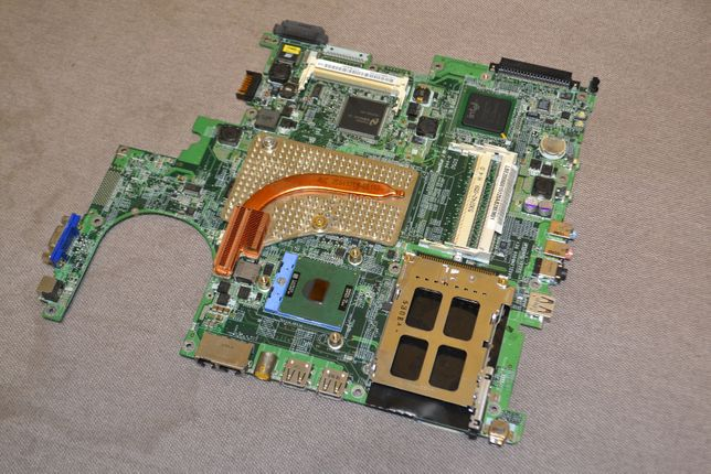 Материнская плата рабочая Acer Extensa 4100 + процессор разборка