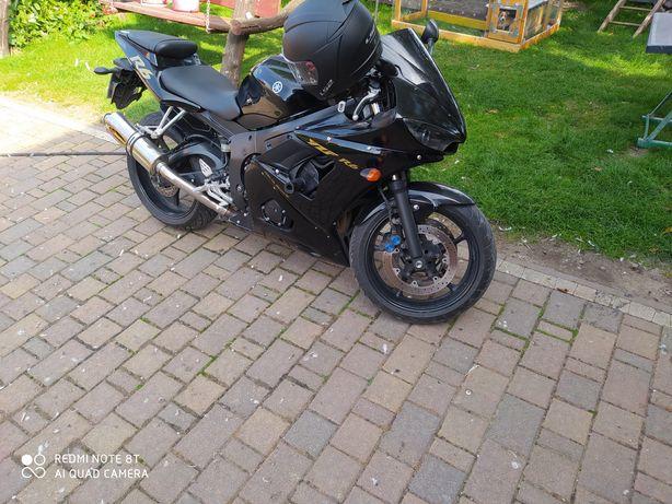 Yamaha r6 rj. 05
