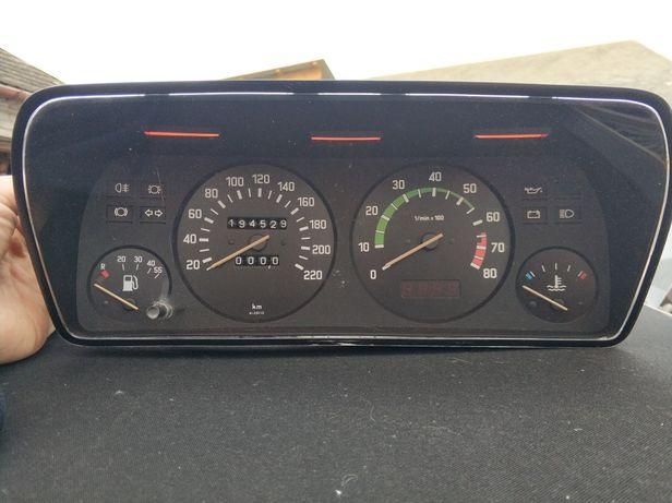 Licznik z obrotomierzem BMW e21