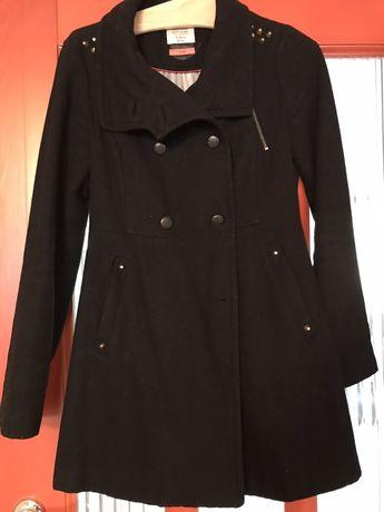 Damski czarny elegancki płaszcz jesień zima Bershka