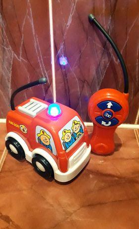 Пожарная машина на пульте управления со звуковыми/световыми эффектами
