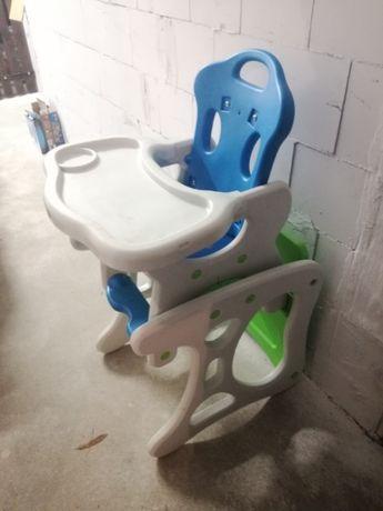 krzesełko i stolik, do karmienia