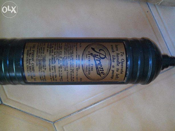 Extintor Clássico Pyrene - Classic fire extinguisher Pyrene