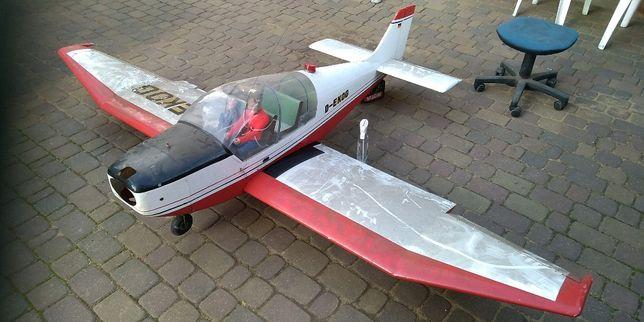 Samolot rc spalinowy rozpiętość 2,7m