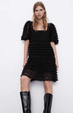 Нежное черное платье с бахромой zara