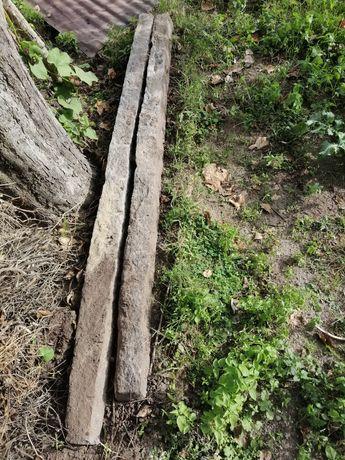 2 postes em granito