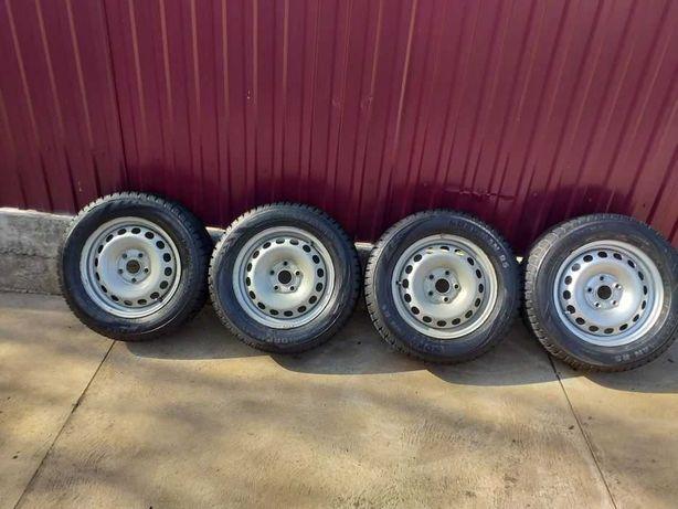 Продам зимові колеса 195/65/15 pcd 5*112