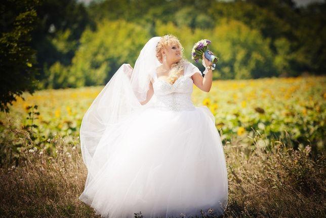 Продам Свадебное платье 50-54 размера