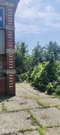 Дом-дача с гаражом на берегу, п.Берестки, г.Курахово