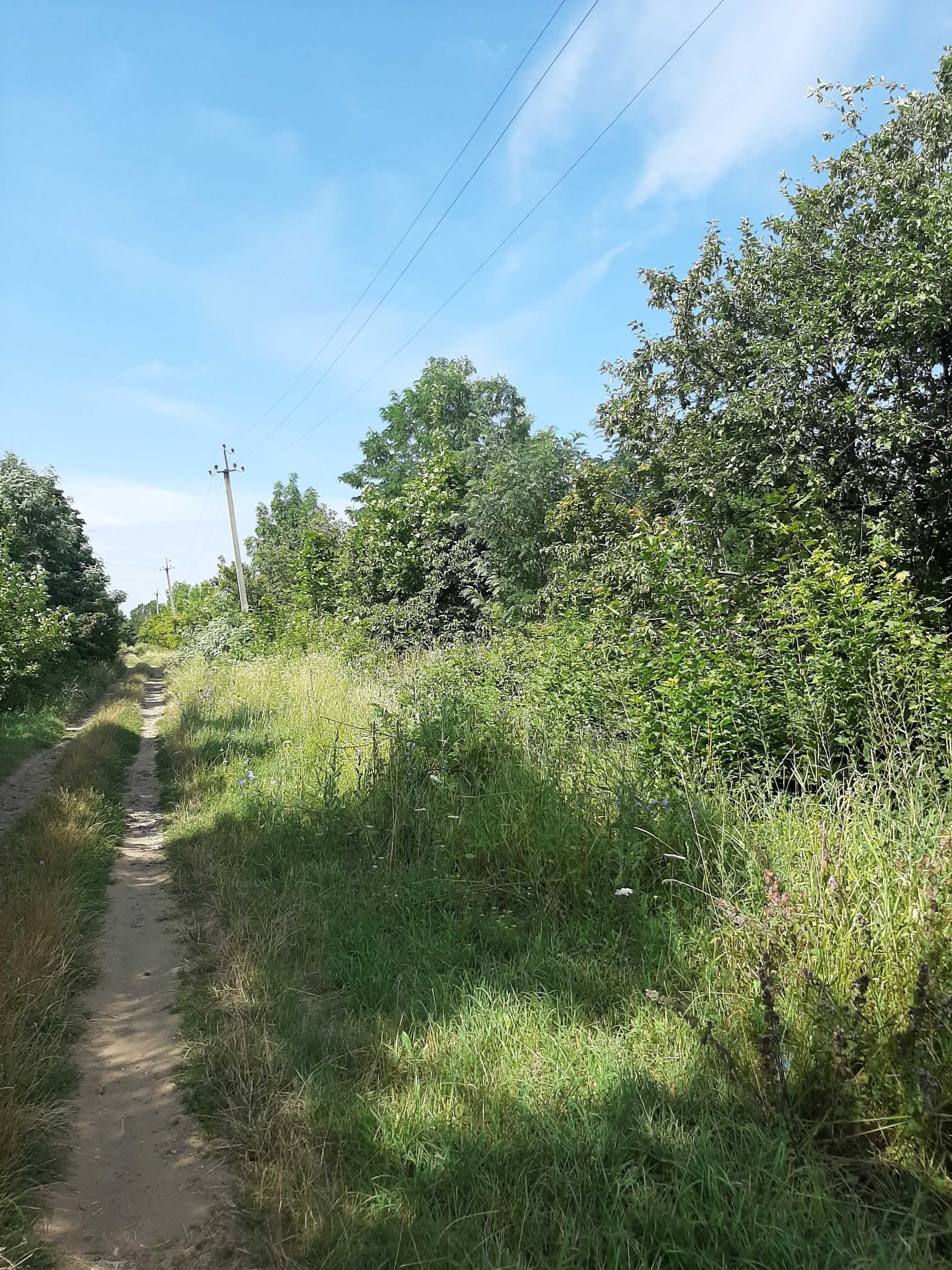 Продам земельный участок под застройку коттеджного поселка.