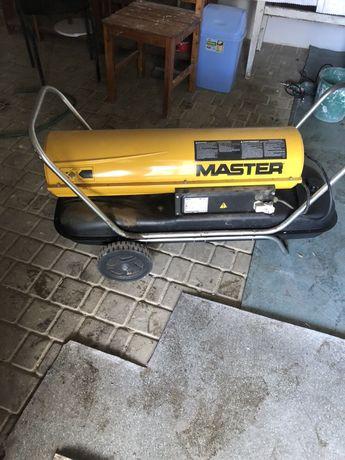 Продам тепловую пушку MASTER B150