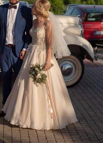 Przepiekna suknia ślubna w kolrze beżu/cappuccino