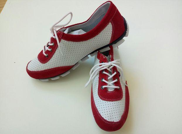 Продам новые женские кожаные кроссовки DeStra (Россия), размер 37.5