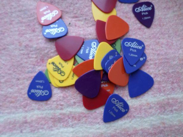 медиатор для гитары