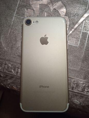 Продам iphone 7 neverlock,128 gb