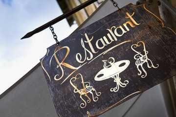 Restaurante aos Aliados  .  Porto