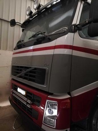 Camião Volvo FH 480 8x2