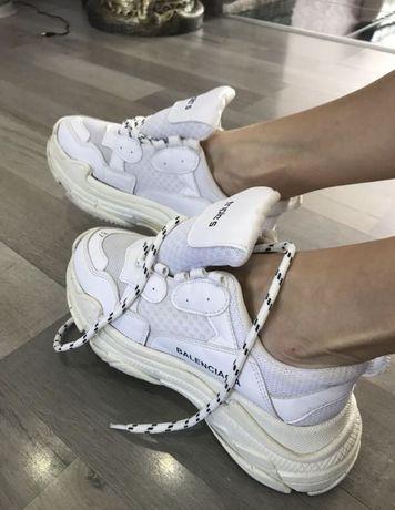 Шикарные кроссовки ! Balenciaga 36