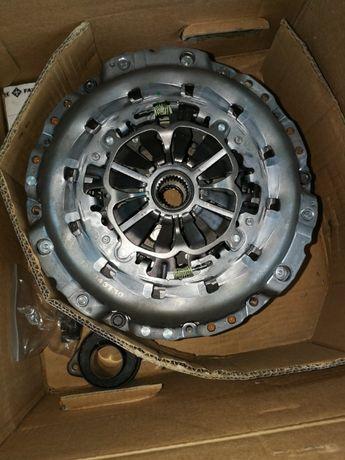Sprzęgło kompletne z Dwu-masą LUK 6000.13900 Audi A4 Nieużywane!