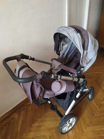 Детская коляска  2 в 1 в отличном состоянии