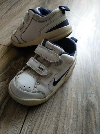 Buty Nike chłopięce wkładka 12,5 cm r.22,5