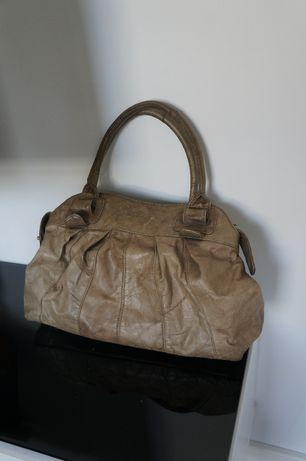 Pojemna duża torba damska oliwka skórzana Madapelle