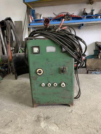 Prostownik BESTER sprawny 12v/24v 16 metrów kabla