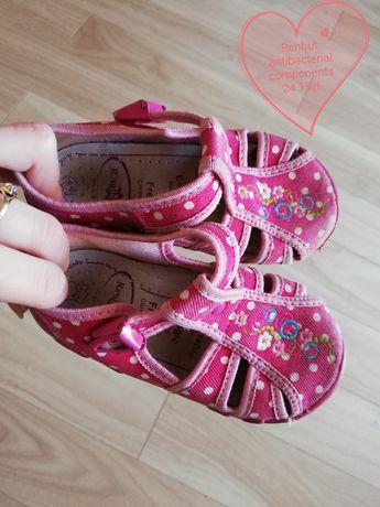 Sandałki Ren but 24